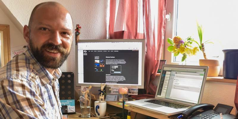 Bild des Webdesign-Büro mit dem Inhaber Dipl.-Ing. Medientechnologie Matthias Baier